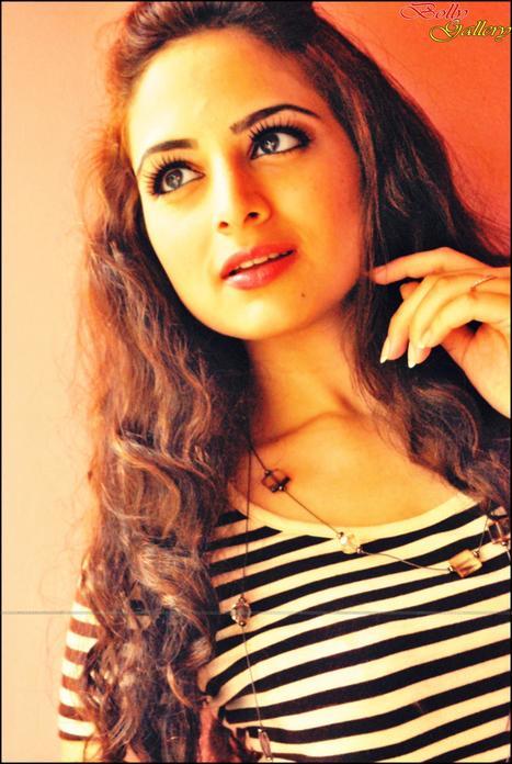 Pics   Zoya Afroz   Scoop.it