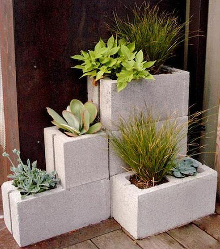 Maceteros de hormigón en un jardín moderno | Decoratrix | Decoración, diseño e interiorismo | Gardening in my garden | Scoop.it