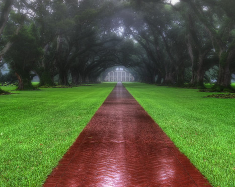 Rainstorm at Oak Alley Plantation | Oak Alley Plantation: Things to see! | Scoop.it