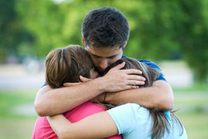 Loving touch may be key to healthy sense of self | Social Neuroscience Advances | Scoop.it