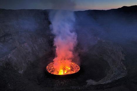 El lago de lava del volcán Nyiragongo en el Congo | Viaja Maja! | Scoop.it