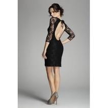Vêtement indispensable du dressing féminin, la petite robe noire se décline sous les formes et sous tous les styles. - Mademoiselle Grenade | Mode et style | Scoop.it
