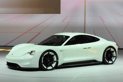 Porsche en Mission électrique   Groupe Recharge   Scoop.it