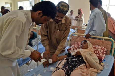 Pakistan struggles to reach quake victims; death toll rises to at least 325 | Current Events - History of the Middle East | Scoop.it