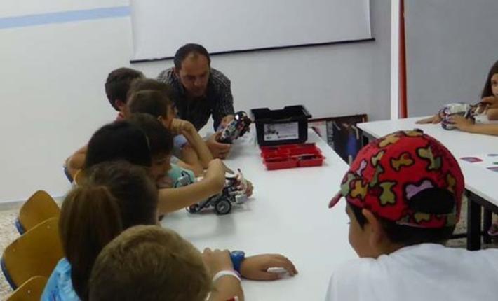 Καστοριά: Τα μαθήματα τελείωσαν, ώρα για διασκέδαση με ρομποτική (φωτογραφίες – αιτήσεις) | Η Πληροφορική σήμερα! | Scoop.it