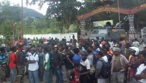 POLISI BUBARKAN AKSI KNPB   Free West Papua News   Scoop.it