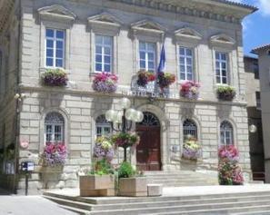 Saint-Affrique. Ville fleurie: un 1er prix avec Bozouls   L'info tourisme en Aveyron   Scoop.it
