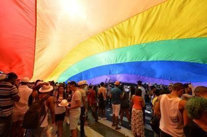 España apuesta por el turismo gay, de mayor crecimiento que el heterosexual | Viaja por España | Scoop.it