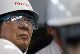 Toyota's plans to replace robots with humans | Create Jobs in the US! Demand American | Manufacturing In the USA Today | Scoop.it