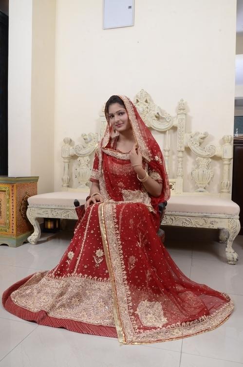 Bridal Rajputi Poshak