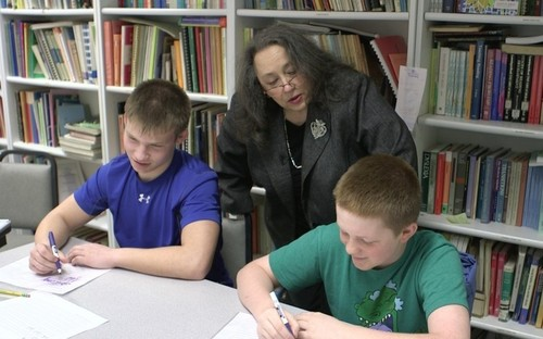 How cursive can help students with dyslexia connect the dots