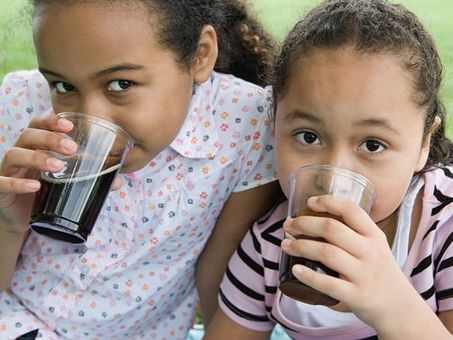 Study: Parents wrongly think sugary drinks healthy | Kickin' Kickers | Scoop.it