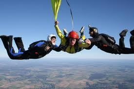 Saut en parachute solo - bapteme parachutisme - saut initiation | sautenparachute | Scoop.it
