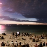 FIREWORKS + LIGHTNING + COMET = PRICELESS | Kissmylilstar - facts of this crazy world !!! | Scoop.it