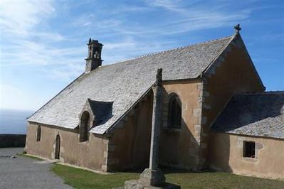 Pointe du Van. La foudre sur le clocher de la chapelle Saint-They - Cléden-Cap-Sizun - ouest-france.fr | photo en Bretagne - Finistère | Scoop.it