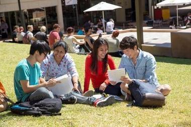 International scholarships available at Griffith University! OzTREKK – Study in Australia | Australian Universities | Scoop.it