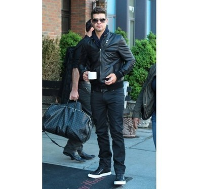 Rock your friends by the Bomber style jacket of Robin Thicke | Unique collection of celebrity jackets its now | Scoop.it
