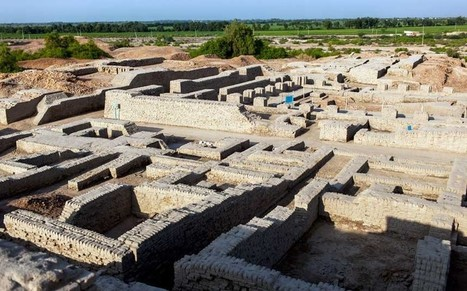 World's only surviving Bronze Age metropolis in Pakistan faces ruin  - Telegraph | Teaching history and archaeology to kids | Scoop.it