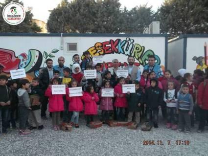 270 syrische Waisenkinder in der Schule in Kilis/Gaziantep erhalten Winterkleidung - IMKANDER vor Ort | Neue Schule für die Waisenkinder 1 | Scoop.it