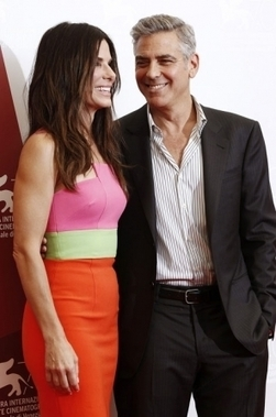 Clooney avec Sandra Bullock ?? ! | Journaliste - Paris | Scoop.it