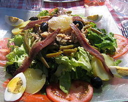 Niçoise Salad, it's Delicous! | Let's learn French together ! come and share your French passion ! | Learn french with Azurlingua , Nice | Scoop.it