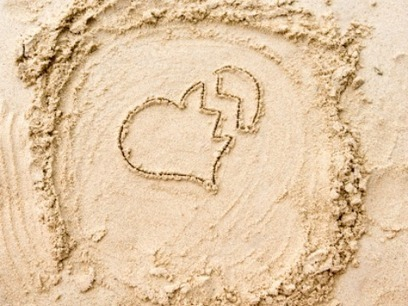 Summer Is Bad For Relationships, Says Facebook | YourTango | Morning Radio Show Prep | Scoop.it