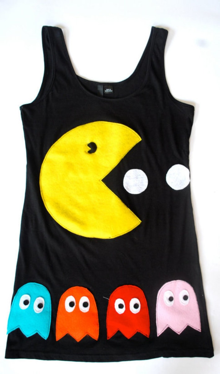 Womens Pacman and Ghosts Tank Top Tunic by coyotepeyote on Etsy | Kitsch | Scoop.it