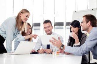 El secreto de la felicidad laboral: disfrutar del trabajo, buen ambiente y buenos compañeros   RELACIONES EN EL ENTORNO DE TRABAJO   Scoop.it