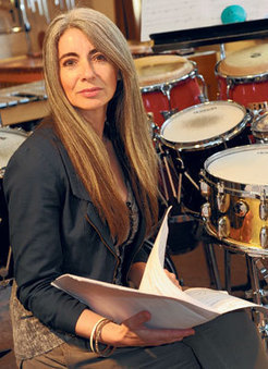 The rhythm of life - How Dame Evelyn Glennie conquered the music world, despite being profoundly deaf since childhood | Deaf Action | Scoop.it