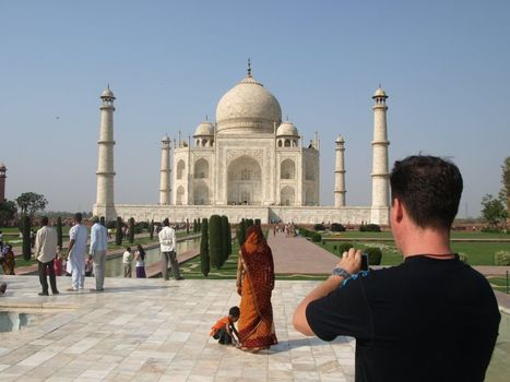 A Weekend with Mughal Marvels in Agra — Revisiting Lanes of History | Taj Mahal Tours | Scoop.it