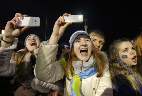 Ukraine protests: McCain warns US could act over Russia deal - NBCNews.com (blog) | This is Your World | Scoop.it