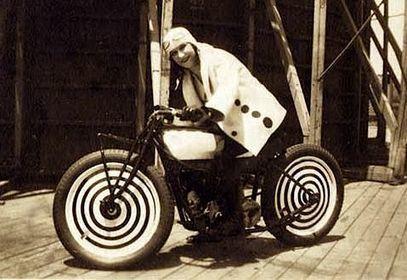 Derecho al Averno: Lillian La France: Lady Stunt Rider | Derecho al Averno | Scoop.it