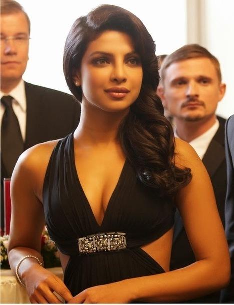 The Best Bollywod Gifs : Priyanka Chopra Hot Gifs   Bollywood Glitz 24- Hot Bollywood Actress   Scoop.it