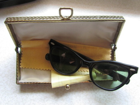 Vintage 1969 Women's Sunglasses with Case, Sales Receipt and Original Cleaning Cloth! | Antiques & Vintage Collectibles | Scoop.it