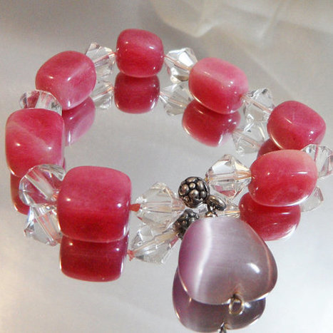 Vintage Pink Purple Glass Moonglow Bracelet.  Purple Teardrop Moonglow Bead. Pink Glass Clear Bicone Crystal Beads.   I Love Vintage Jewelry   Scoop.it