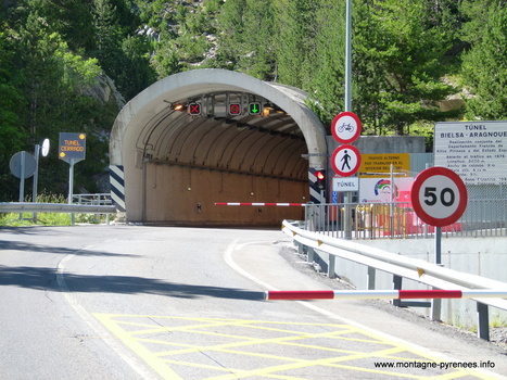 Acces règlementé les prochains we du mois d'août, au tunnel de Bielsa pour les véhicules de marchandises de plus de 7.5 tonnes | Consorcio Túnel Bielsa-Aragnouet | Vallée d'Aure - Pyrénées | Scoop.it