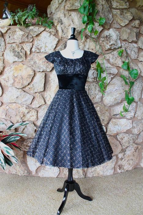 Unique Vintage Party Dress | Vintage! | Scoop.it