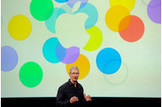 Apple Drops as IPhone Models Reflect Shift From Pioneer - Bloomberg | Web and Technolgy | Scoop.it