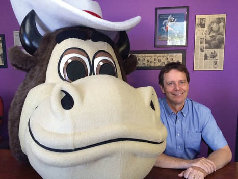 The Man Behind Harvey the Hound and the Mascot Company Street Characters   Mascots   Scoop.it