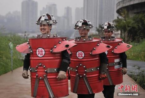 Bizarre fashion show appeals for green life in Chongqing - People's Daily Online | Year 9-10 Arts: Media Art - Media artists from the region | Scoop.it