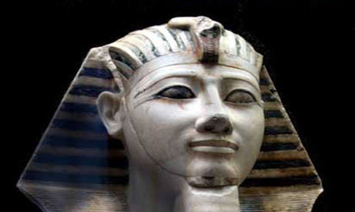 Exclusive: Egyptian Museum artefacts stolen during Jan uprising for sale in Qena (VIDEO) - Ancient Egypt - Heritage - Ahram Online | Ancient Egypt and Nubia | Scoop.it
