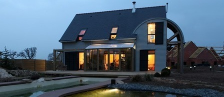 A.Typique, Patrice BIDEAU : UNE MAISON BIOCLIMATIQUE ET ORGANIQUE EN BRETAGNE | architecture..., Maisons bois & bioclimatiques | Scoop.it