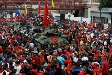 Des milliers de pro-Chavez commémorent le coup d'État de 1992 | Venezuela | Scoop.it