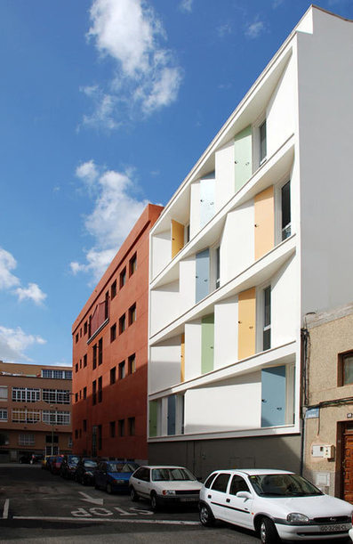 Eight Inscribed Houses and Three Courtyards by Romera y Ruiz | Arquitectura: Plurifamiliars | Scoop.it