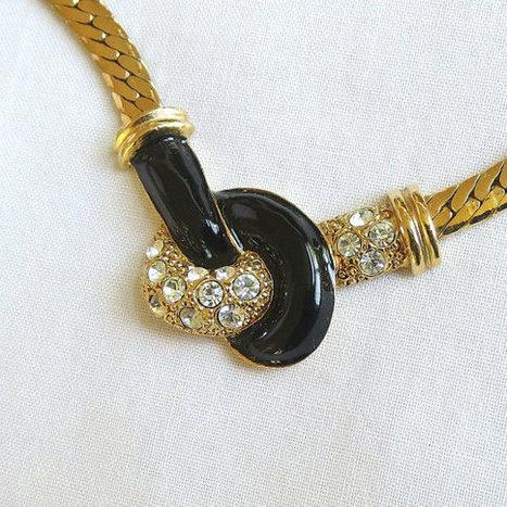 Vintage Black Enamel & Clear Rhinestones Herring Bone Chain Necklace signed AVON   Favorite Vintage Jewelry   Scoop.it