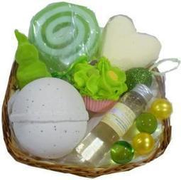 Corbeille de bain Joyeuses Pâques - L'Accro du Bain | L'Accro du Bain boutique de produits pour le bain et savons gourmands:boule de bain, savons de Marseille,savon artisanal,cupcake de bain, savons cupcakes | Scoop.it