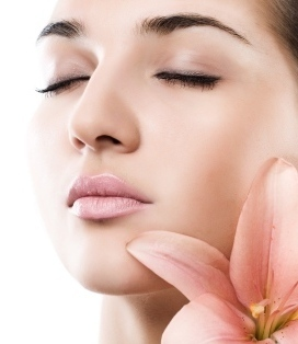 VIP Fashion Tip of the Day: Get Glowing Skin | Celebrity VIP Lounge | Lipstick Whisper | Scoop.it