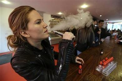 FDA proposes first regulations for e-cigarettes | Benoit Massé New Rules of Business | Scoop.it