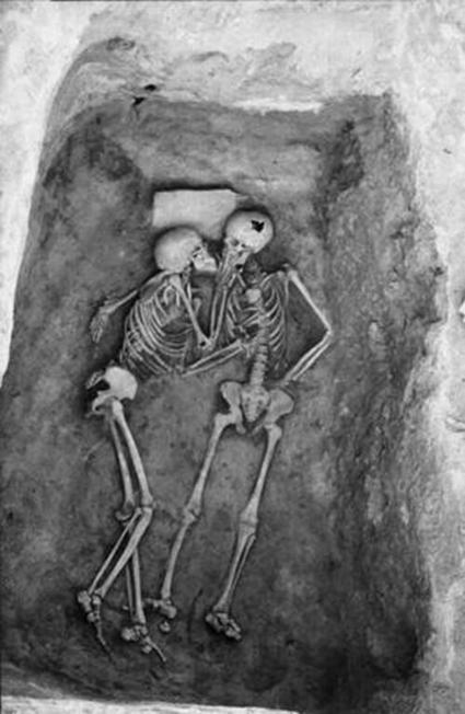 Twitter / History_Pics: Real love lasts forever - a ... | Books and bookstores | Scoop.it