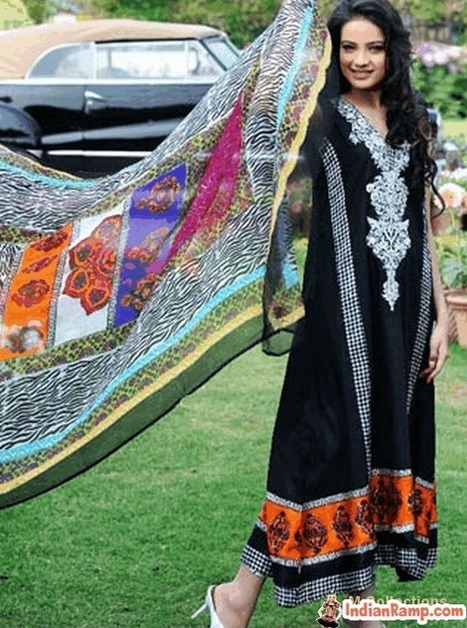 Summer Lawn Prints by Shirin Hassan, Pakistani Designer Dresses | Indian Fashion Updates | Scoop.it